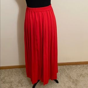 Vintage red pleated maxi